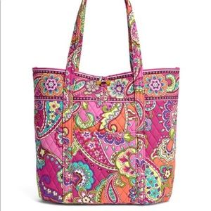 Vera Bradley Vera tote bag in pink swirls